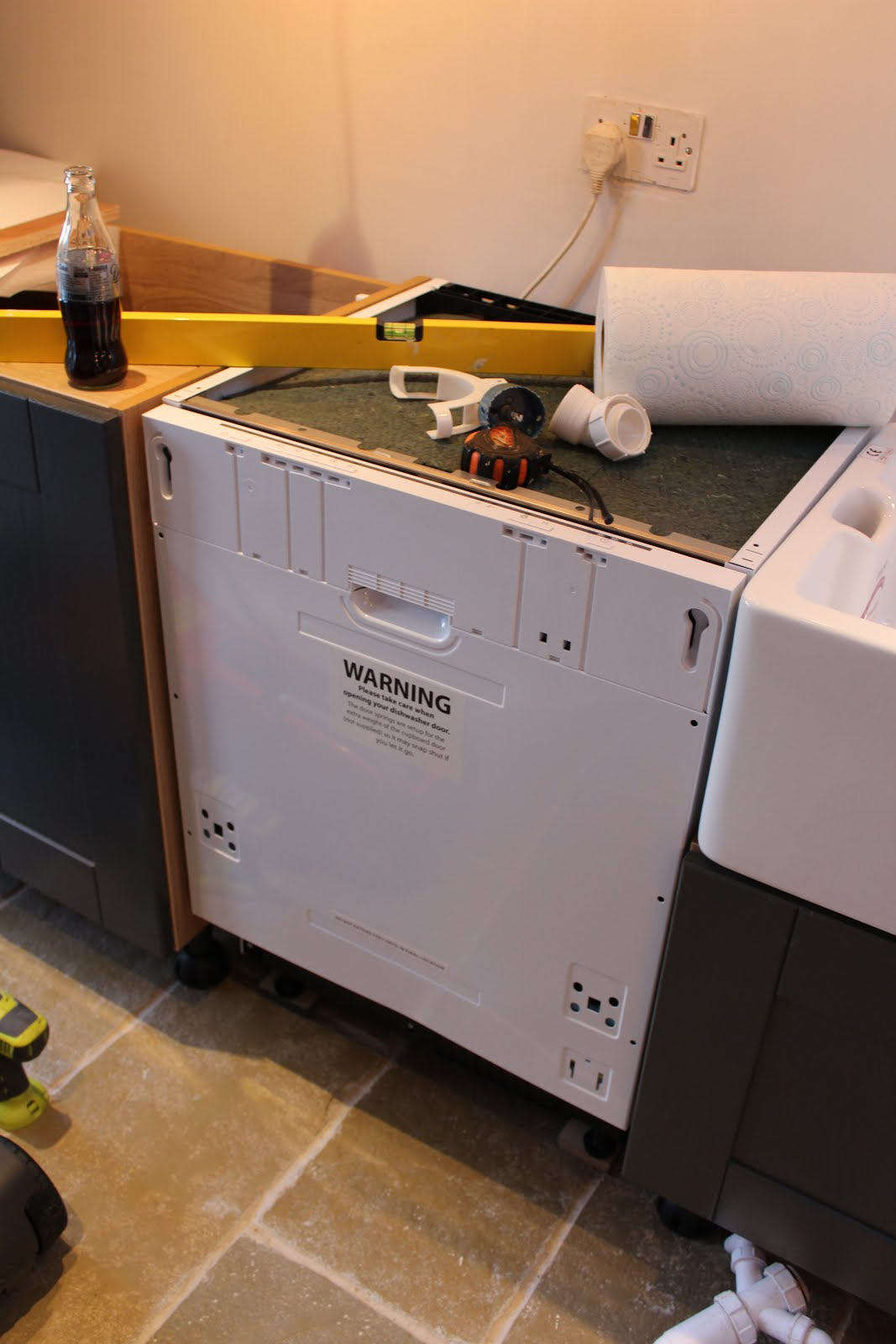 how to fit an integrated dishwasher door
