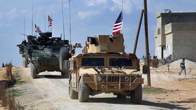 Ο συριακός στρατός στις βάσεις που άφησαν οι δυνάμεις των ΗΠΑ