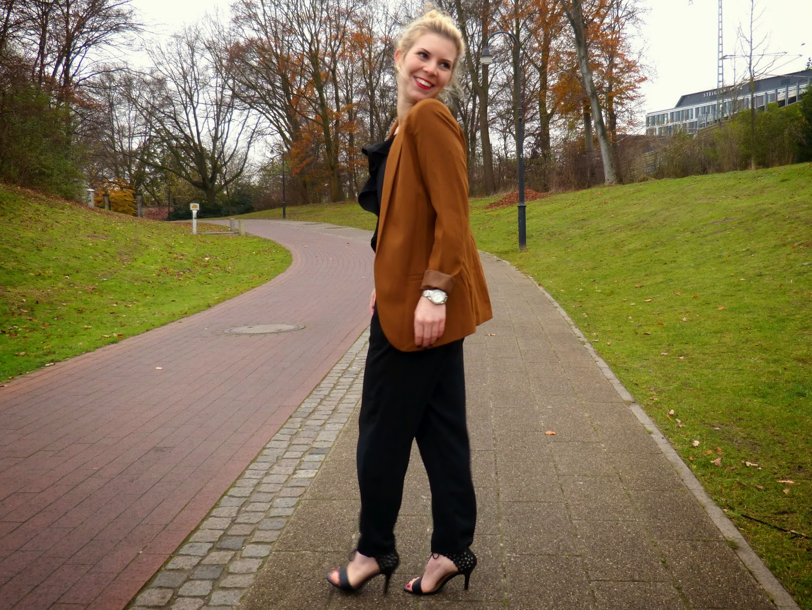 Outfit Weihnachtsfeier Firma.Modepuppe Modeblog Aus Bremen Outfit Klassischer