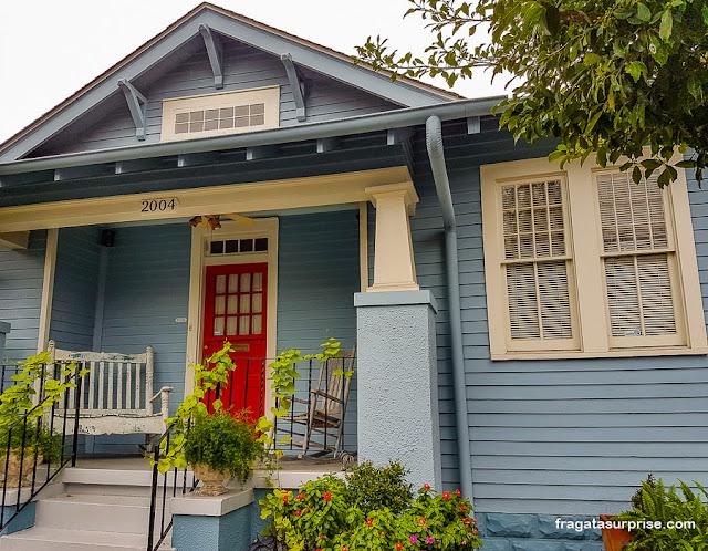 Casa típica da arquitetura creole no Faubourg Marigny, em Nova Orleans