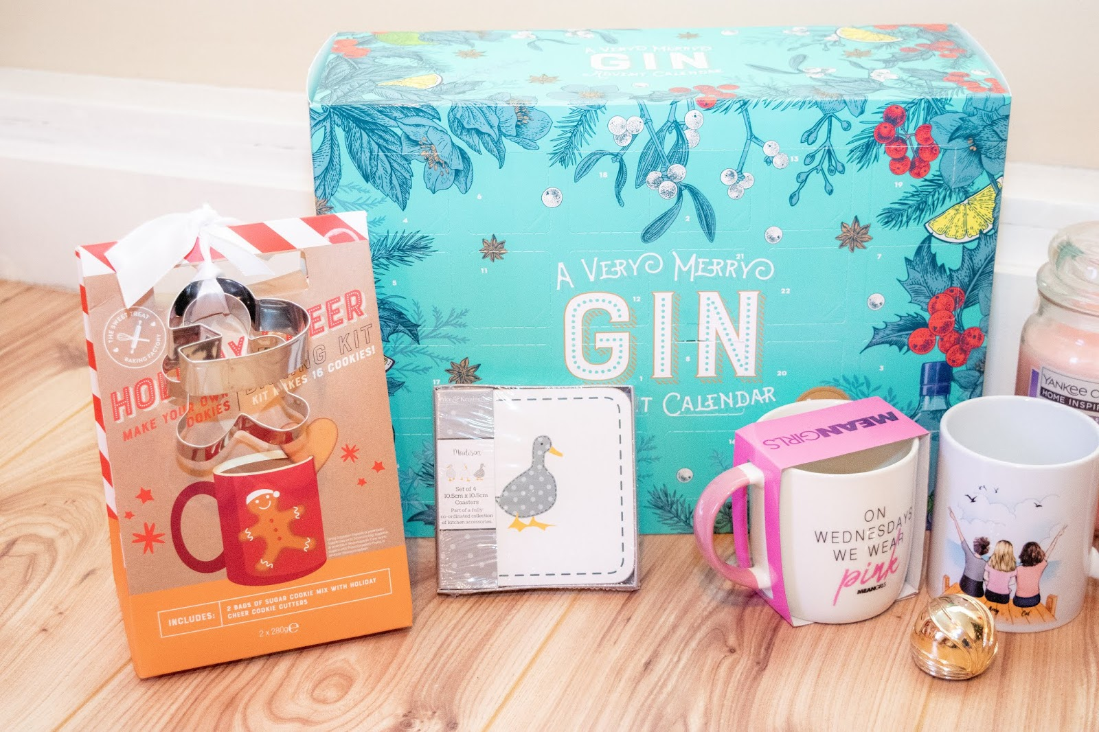 Food and home related gifts: gin advent calendar, gingerbread baking kit, coasters.
