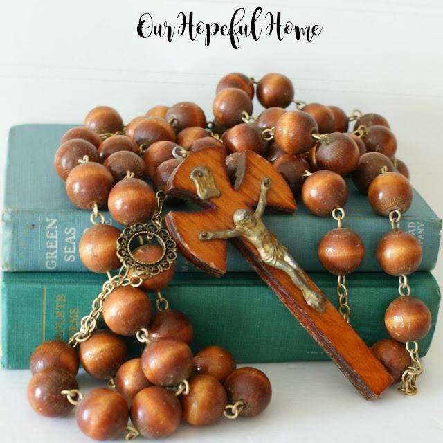 DIY Farmhouse wood bead garland from oversized rosary