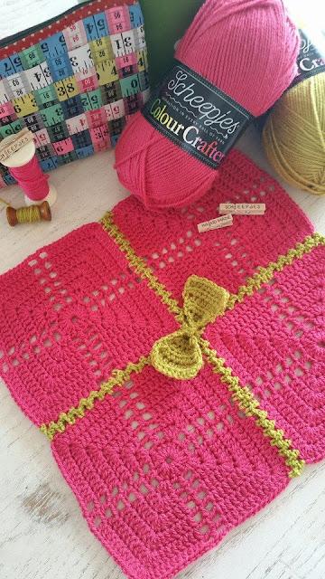 Scheepjes Colour Crafter--pattern sneak peek by Susan Carlson of Felted Button
