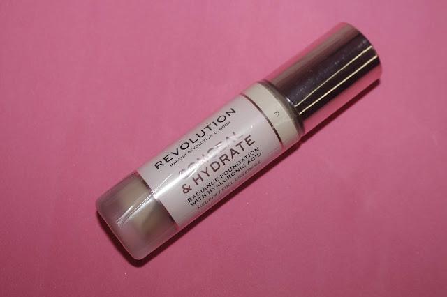 basedemaquillaje_conceal_&_Hydrate_makeup_revolution_notinoes