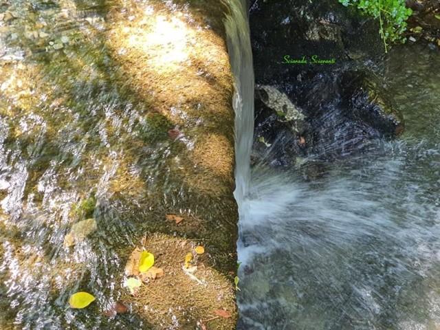 Cascata su pietra - Sciarada Sciaranti