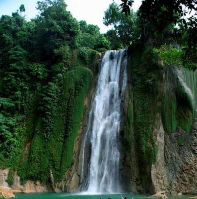 Wisata ke Curug Cikaso Sukabumi Jawa Barat