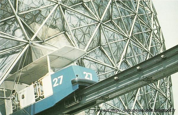 Montréal - La Biosphère  Architecte: Richard Buckminster Fuller  Date d'ouverture: 1967