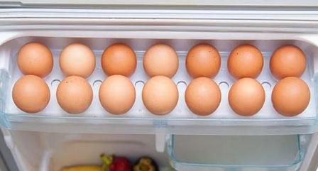 правильно хранить яйца в холодильнике