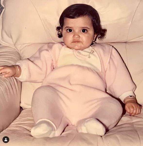 वायरल हुआ इस सुपरस्टार की बचपन वाली तस्वीरें, पहचानों कौन ?