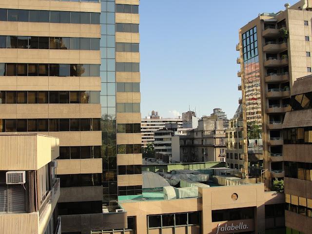 Vista do quarto - Falabella bem próxima ao apartamento.