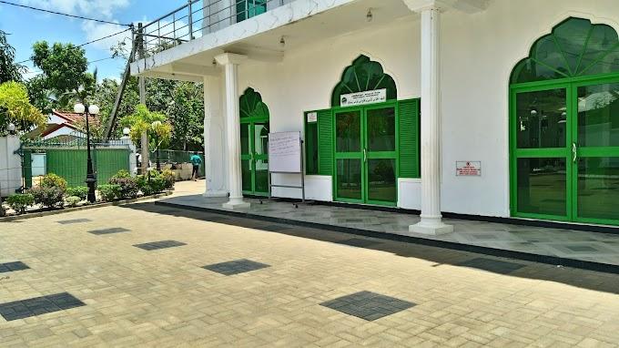 Beautiful mosque in yakgasmulla