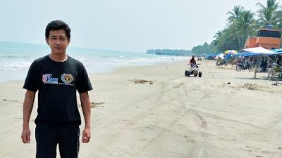 Di hari pertama Lebaran, Pantauan Awak Media Pantai Anyer Sepi Pengunjung