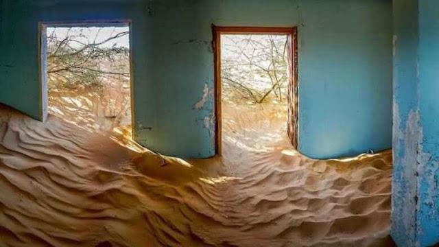 ما قصة القرية التي ابتلعتها رمال الصحراء في الإمارات وتركها سكانها في ظروف غامضة