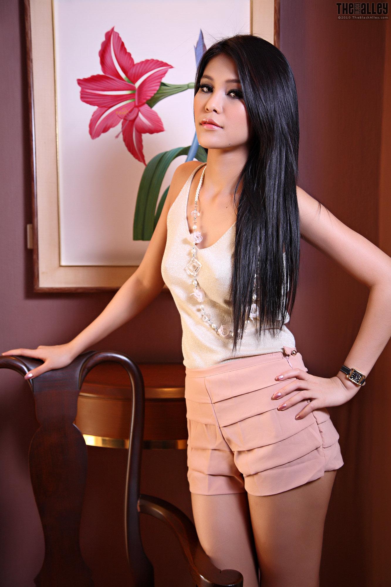 litu 100 archives: TheBlackAlley Babes Jinny Yun Set 08