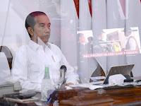 Presiden Jokowi Beri Sinyal Reshuffle Menteri Berkinerja Buruk