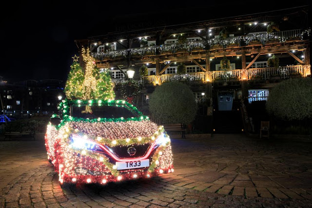 Nissan Leaf Christmas Tree Preview-928x5221