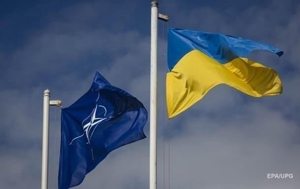 Керівництво НАТО хоче поговорити із Зеленським