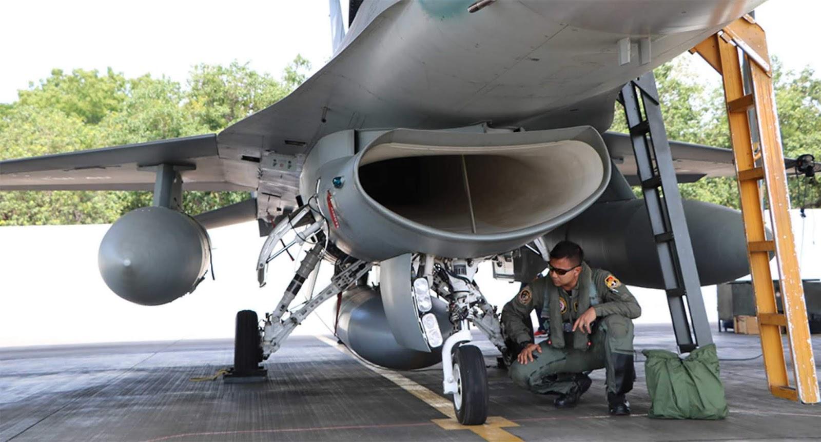 Amankan pertemuan IMF-WB TNI AU Siagakan Lima jet tempur di Lanud Iswahjudi