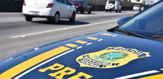 Uma pessoa morre após acidente entre moto e carreta em Miranda do Norte