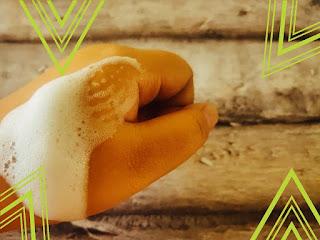 Penampakan foam NPURE Centella Asiatica Facial Wash