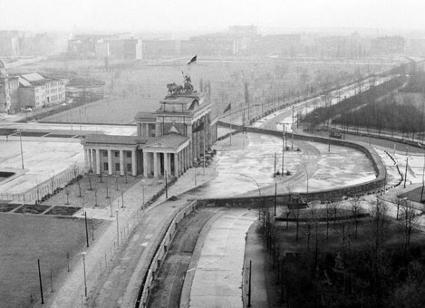 Interesting facts about the Berlin Wall   Just Fun Facts   Fun Facts About The Berlin Wall