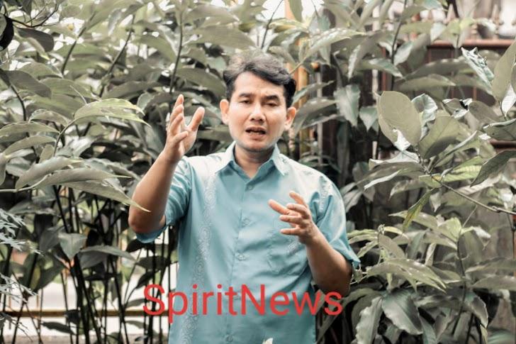 Dede Farhan Aulawi, Kompleksitas Permasalahan Ambil Kebijakan Hadapi Pandemi Corona