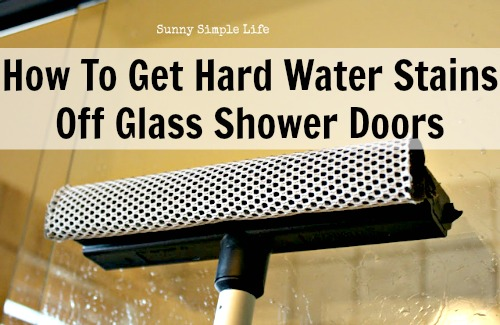 Tips For Washing Windows And Shower Doors