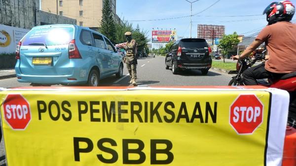 Jokowi Evaluasi Daerah PSBB Kebablasan, Pakar UI: Belum Ada Indikatornya