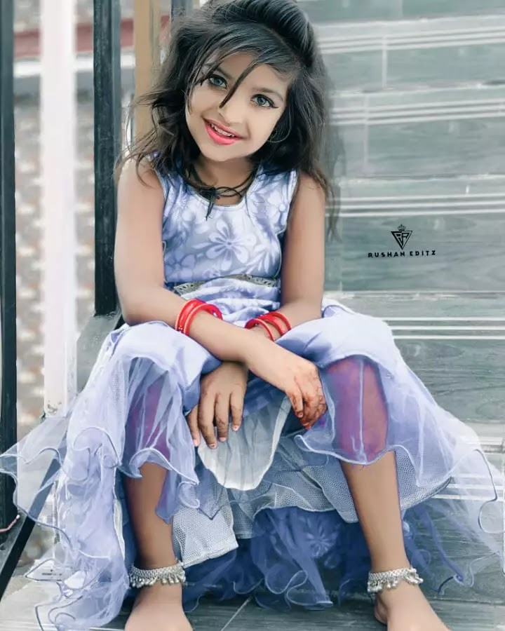 cute beautiful husena kha pic