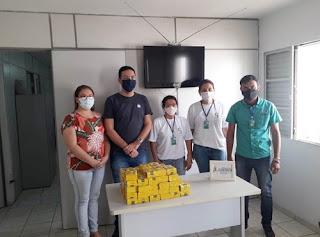 CES/UFCG doa pacotes de café e goiabada para instituições de Cuité e Picuí