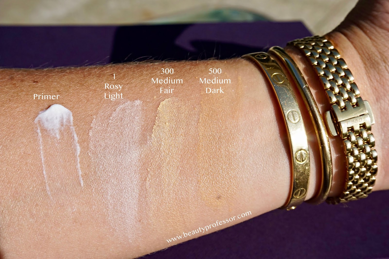 BY TERRY Hyaluronic Tinted Hydra-Powder swatches