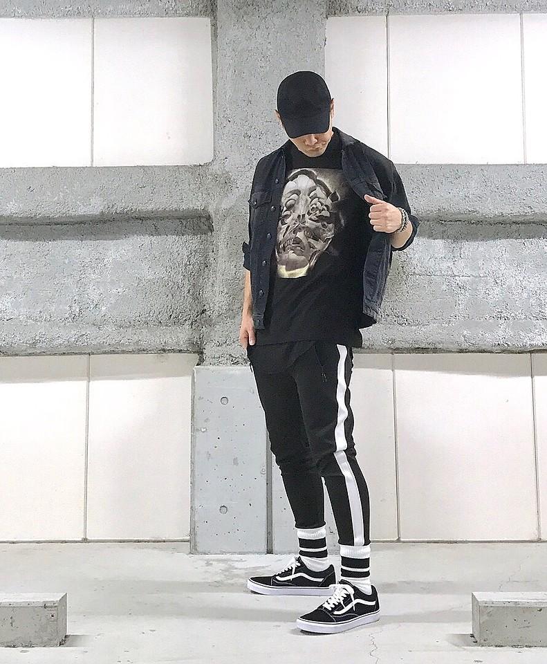 look masculino com calça listrada para réveillon 2019