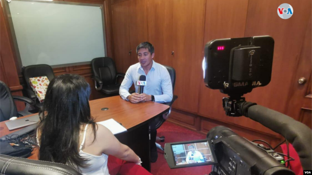La Voz de América conversó con economistas de Bolivia que explicaron temas clave para la economía de la nación andina en el próximo año, que será clave tras la crisis generada por las polémicas elecciones de octubre / VOA