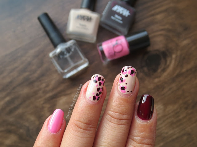 Nail Art with Dots; Animal Print Contrast Colors; Featuring Nykaa Matte Nail Polish