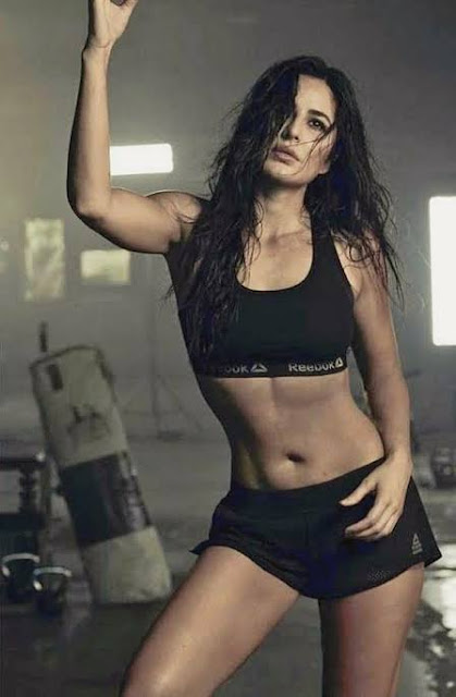 Actress Katrina Kaif Cleavage and Navel Actress Trend