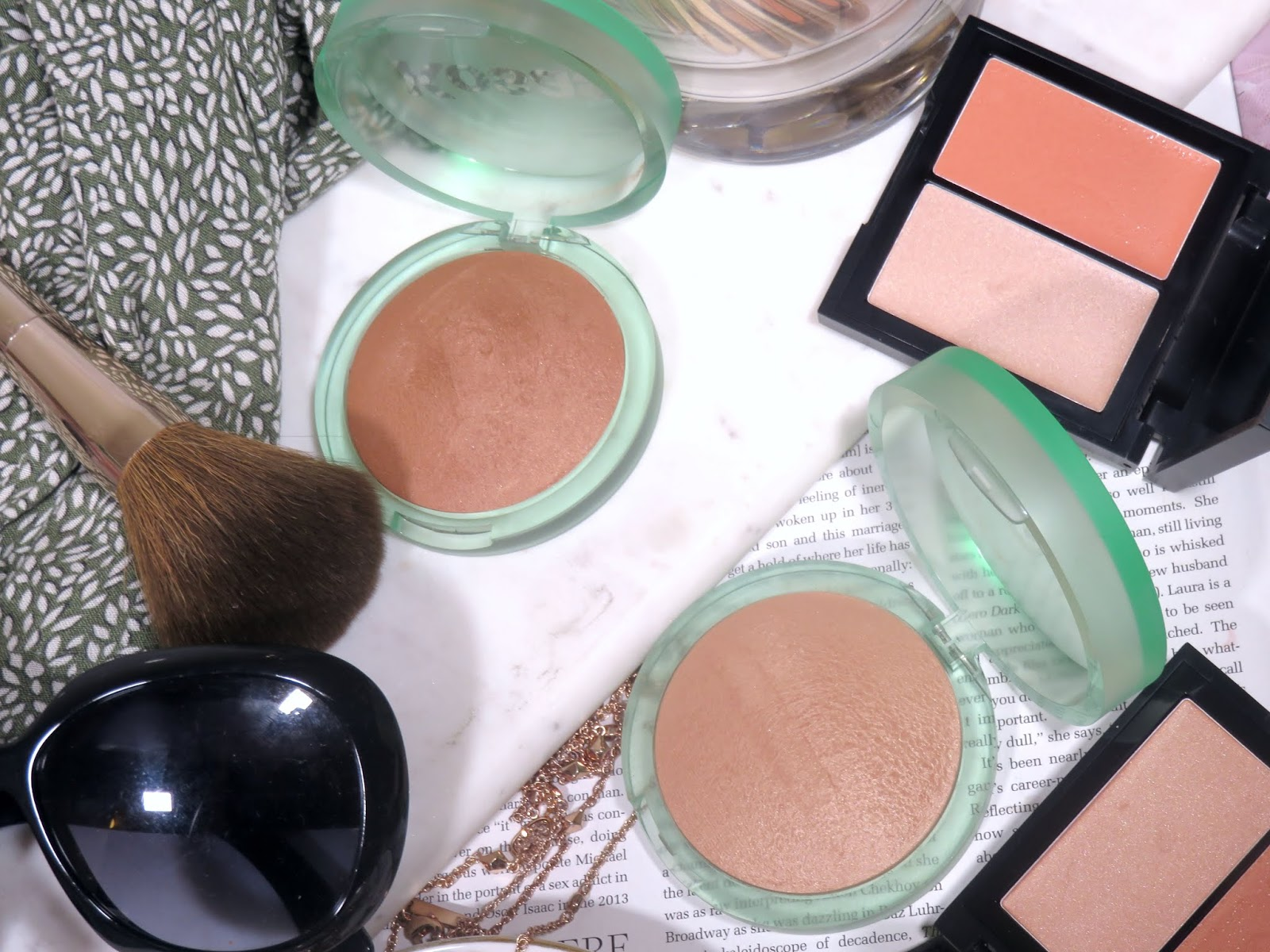 Kosas The Sun Show Moisturizing Baked Bronzer Review and Swatches