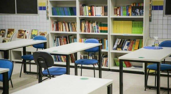 Recife começa retomada de aulas presencial em escolas da rede municipal nesta quinta-feira (22)