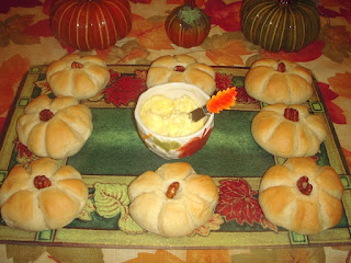 Pumpkin-Shaped-Rolls | Margaret's Morsels