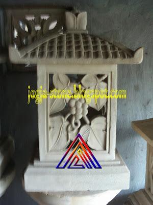 LAMPION BATU ALAM MOTIF ANGGUR