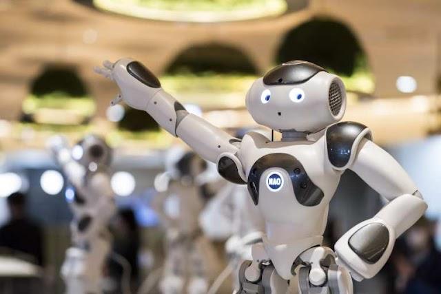 ▷ Cuál es el origen del término robot y robótica