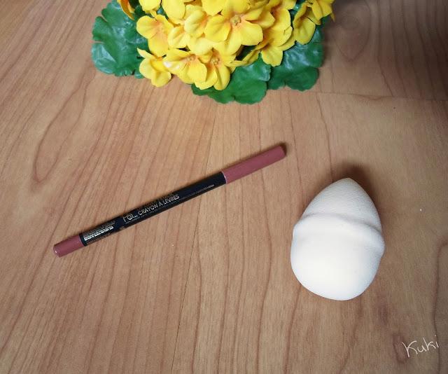 Lápis de lábios da Primark e esponja da H&M