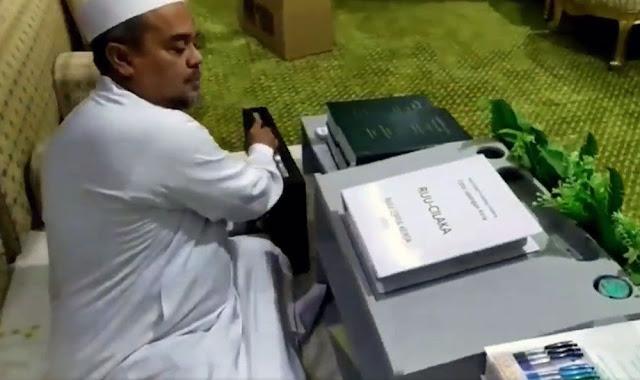 Elektabilitas Naik, HRS Disebut PA 212 'di Atas' Presiden