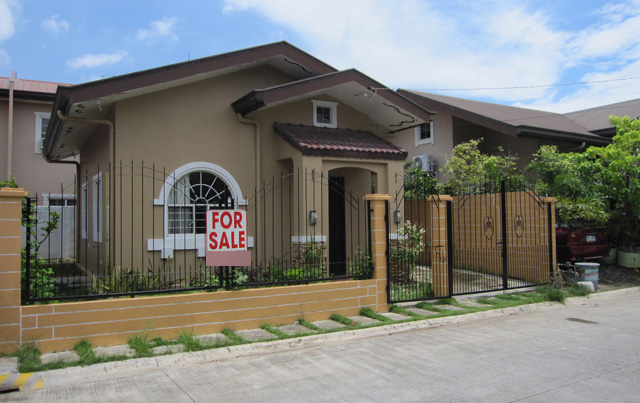 10 bungalows for sale in the philippines wazzup for One story house design in the philippines