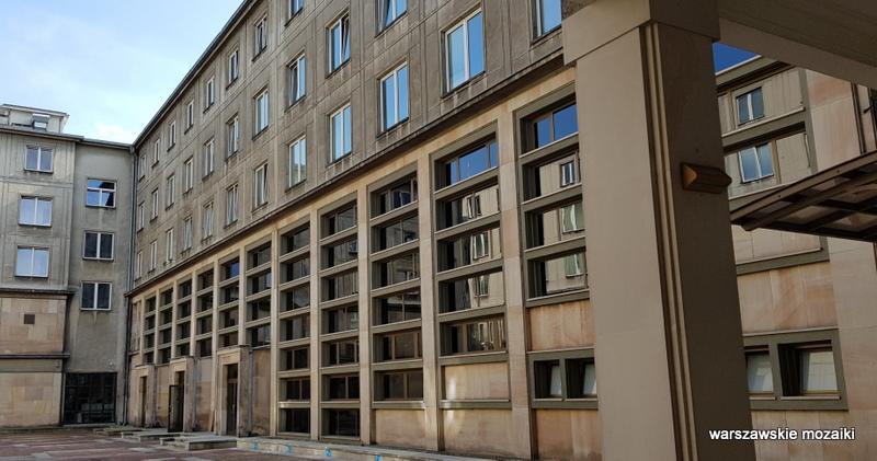 Warszawa Warsaw plac Trzech Krzyży ministerstwo przedsiębiorczości i technologii architektura architecture