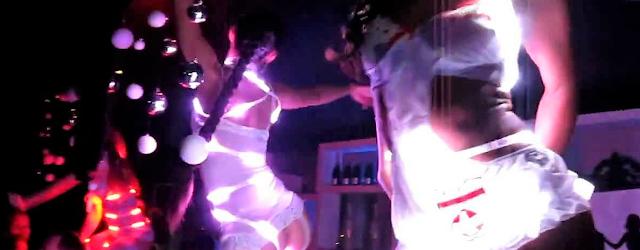KTVクラブの踊り子