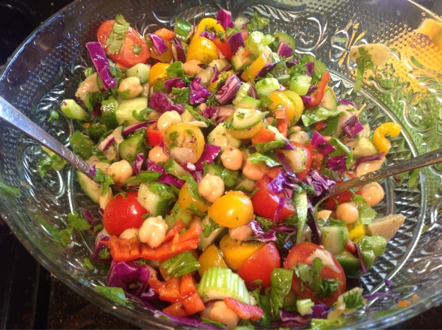 avocado and chickpea salad