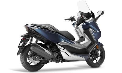 Desain Honda Forza 300 2018 calon Forza 250 biru silver metalik