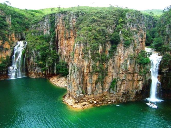 11 Cachoeiras em Minas Gerais: Melhores Passeios Para Você Fazer!