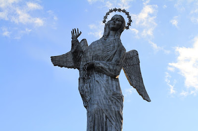 Virgen del Quito