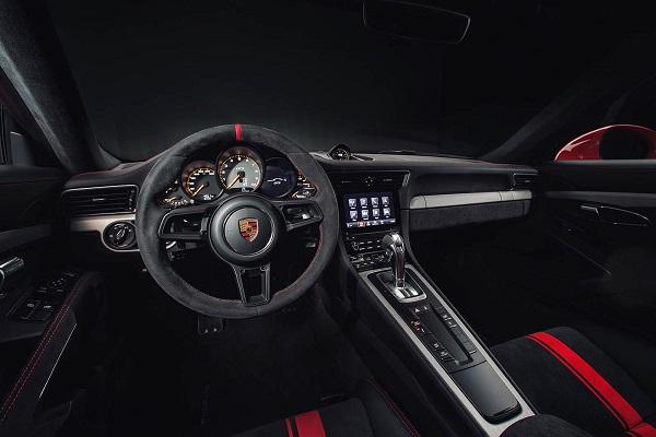 Interior Porsche 911 GT3 2018